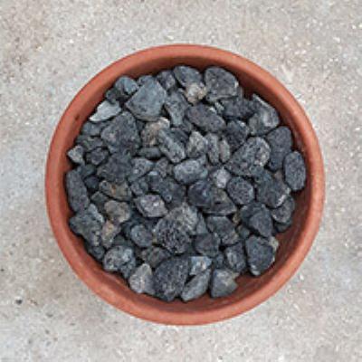 טוף 4-20 שחור בלה 1.5 קוב  כולל הובלה מרום גולן