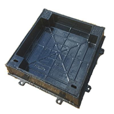 מכסה יצקת מרובע למשתלבות 60/60  B125